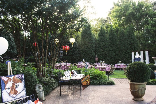 The outdoor setting set the tone for the dinner and fundraiser.