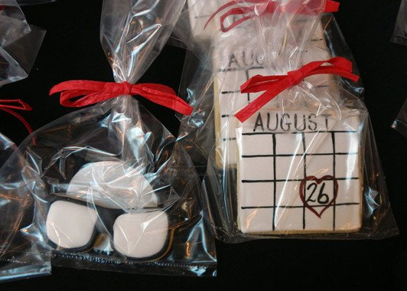 """""""Look Before you Book"""" glasses and calendar cookies made by Yummy Cakes & More."""